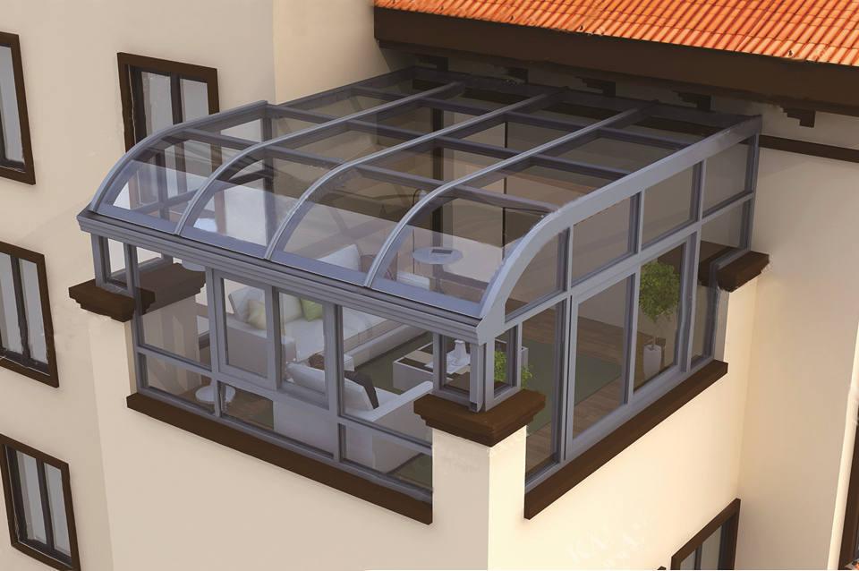屋顶砂灰色简易阳光房